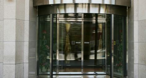 foto_revolving doors